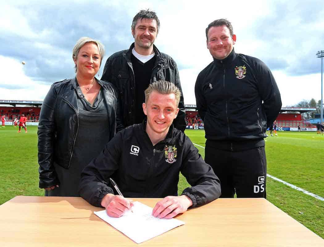 Boro' Family Ties: Ben Wilmot signs a pro deal in the presence of father, and former Boro' stopper, Richard