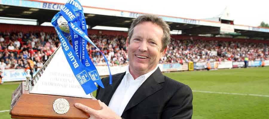 Phil Wallace with the Blue Square Premier trophy