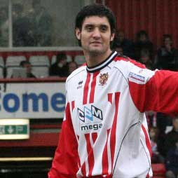 Jamie Slabber is the young striker snapped up by Mark Stimson at the end of December 2006, following his departure from Grays Athletic